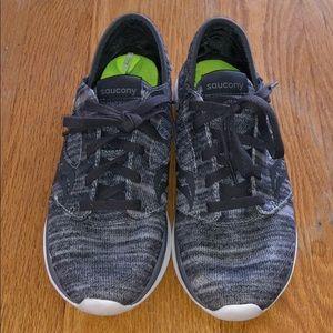 Saucony women's tennis shoes